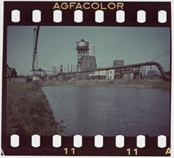 Agfacolor_1937_screen.jpg